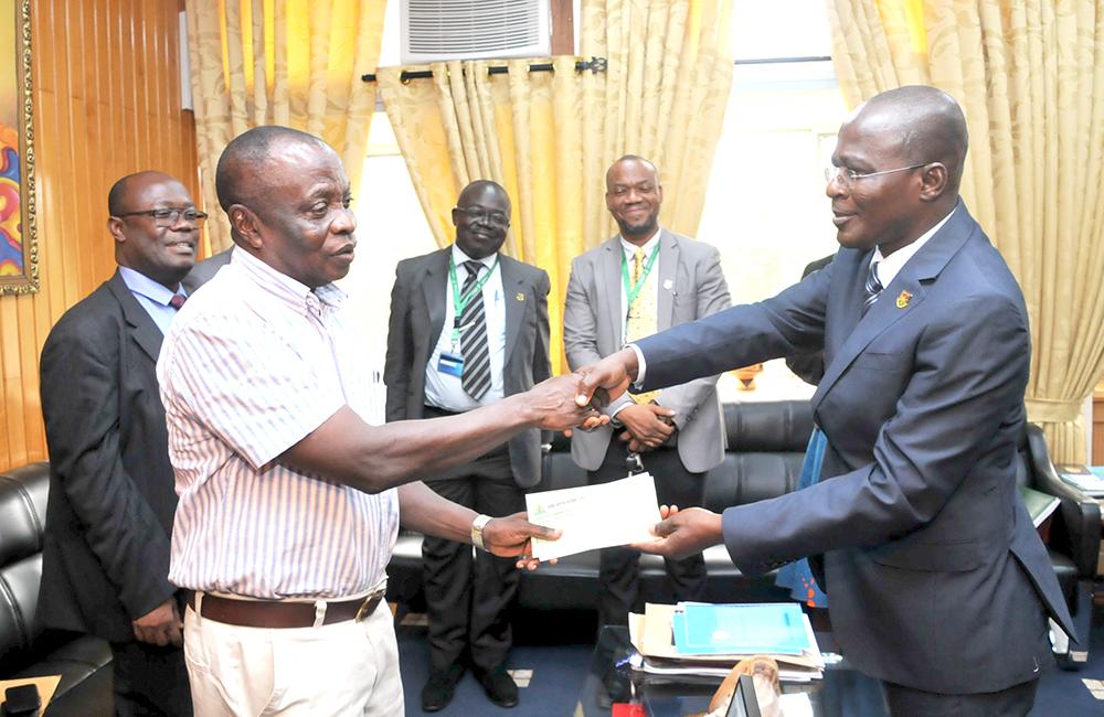 Nwabiagya Rural Bank Supports Needy Students