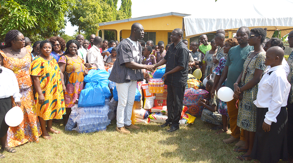 KNUST Basic School Makes Christmas Donations to Charity